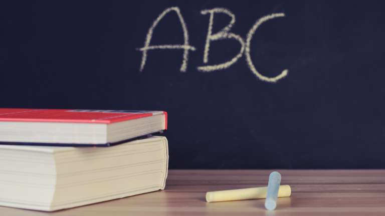 abc-books-chalk-chalkboard-265076